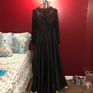Dresses & Skirts - Black two piece prom dress